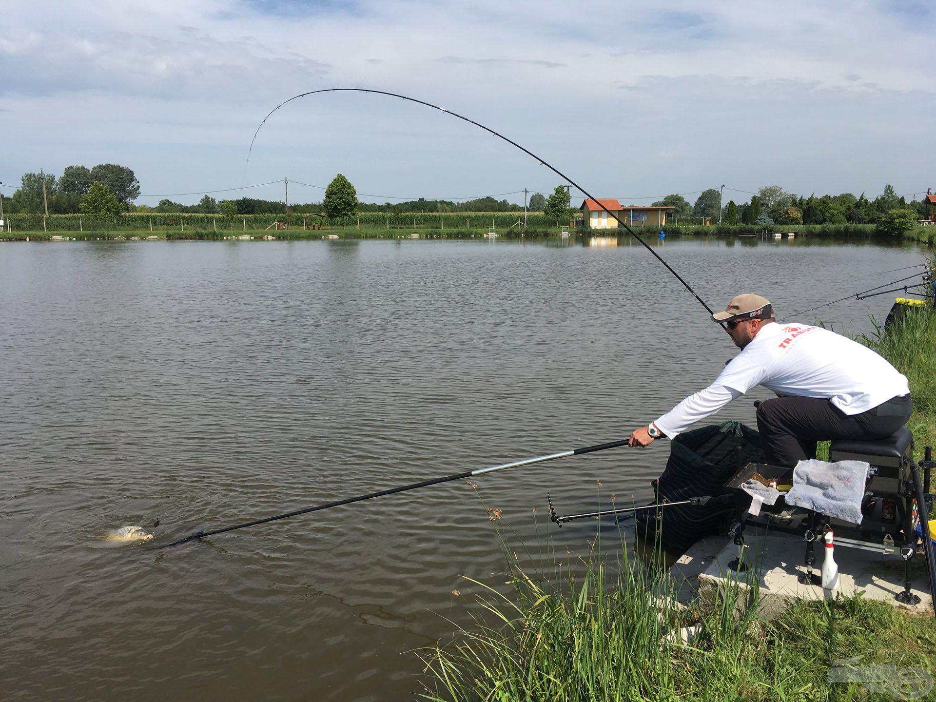 Az Ezüst-tó halai megtornáztatták a versenyzőket