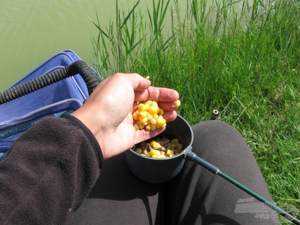 Pellet-kukorica keveréket…