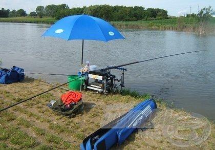 Sok kiegészítő mellett akár ernyőt is csatlakoztathatunk ládánkhoz