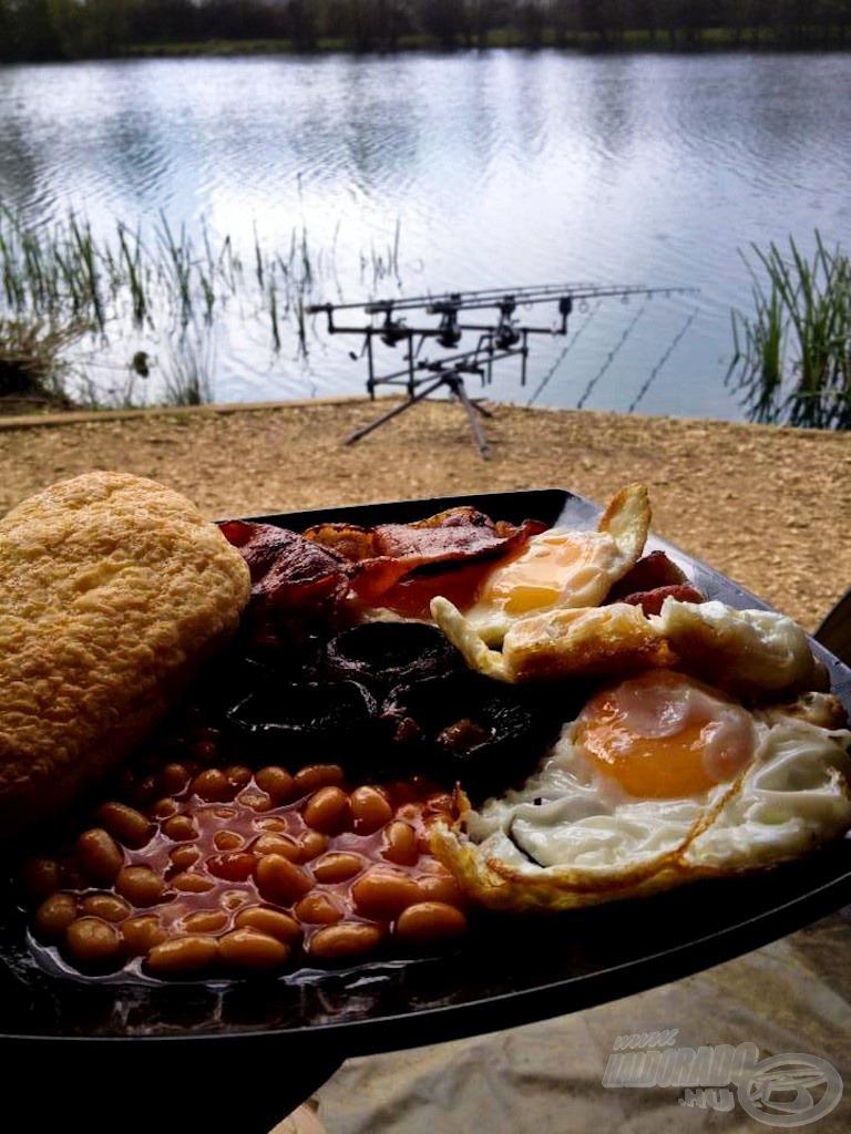 Tipikus angol reggeli egy páratlan vízparton