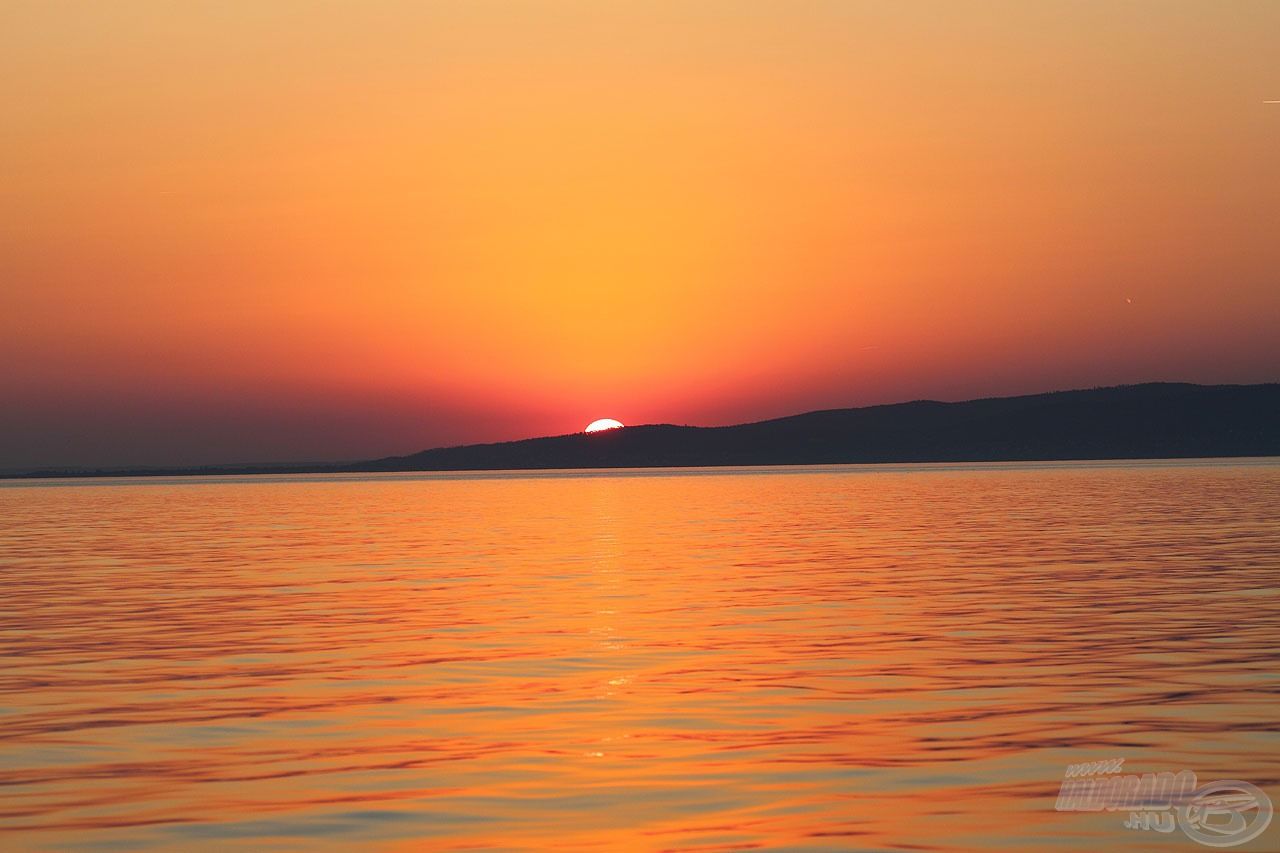 Mindig nagy élmény számomra ezen a vízen, ebben a páratlan környezetben horgászni. Köszönöm, Balaton!