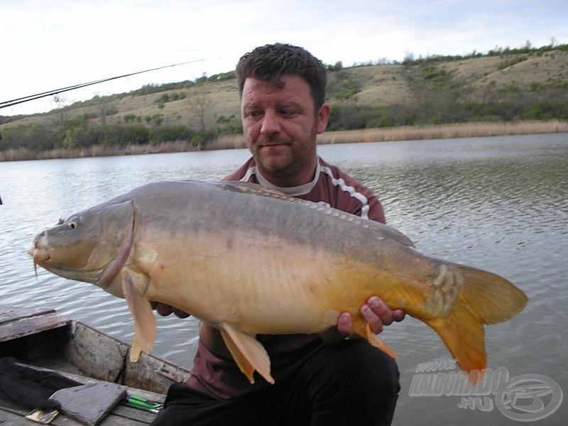 A 2012 áprilisában lebonyolított miszlai kirándulásunkon Gábornak egy halas-fűszeres golyó adta a legtöbb halat…