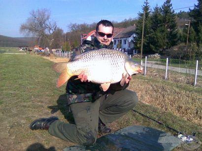 Az év első horgászata a Harsányi-tavon