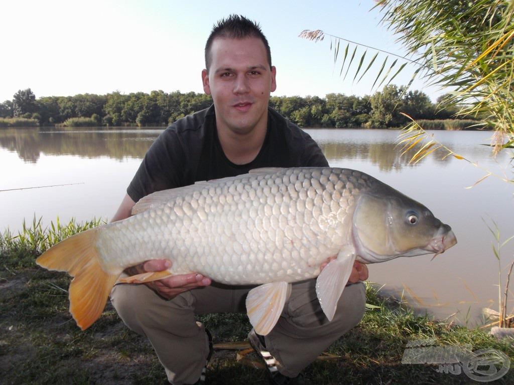 Az őszi időszakban rengeteg nagytestű halat köszönhettem ennek a keveréknek…