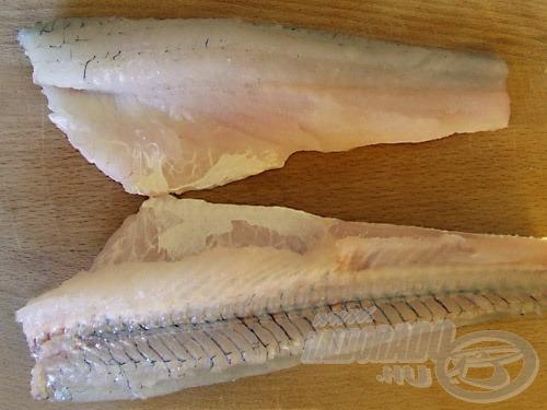Kész az első szelet (fent). A alul lévő darabon jól látható a gerinc, valamint az is, hogyan is állnak és meddig tartanak a bordák