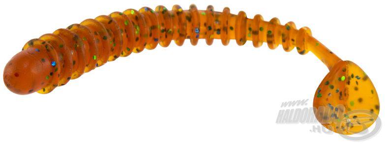 A Long Fly legfontosabb tulajdonsága a rendkívül kis sűrűsége, mely miatt a mederfenékre leejtve olyan mozgást mutat a plasztik, mint amilyet az aljzaton turkáló apró halak szoktak táplálkozás közben, ráadásul ízesített, rendkívül strapabíró anyagból készül!