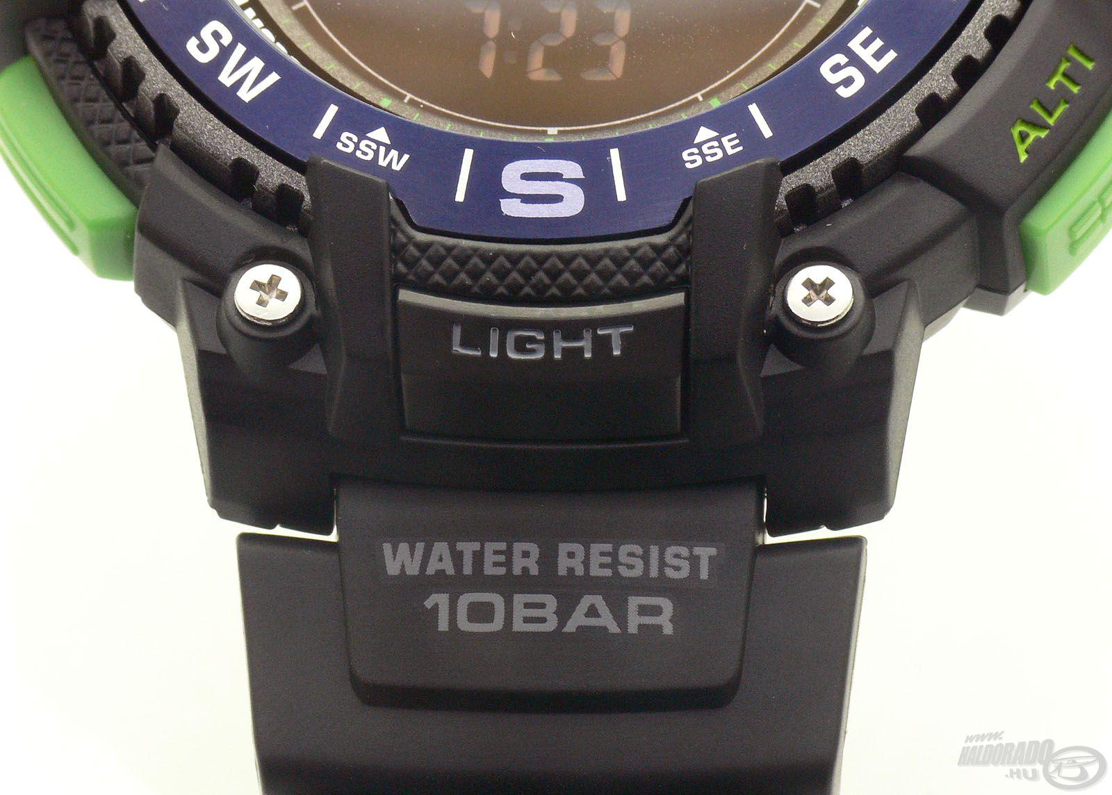 Az óra 10 BAR-ig vízálló