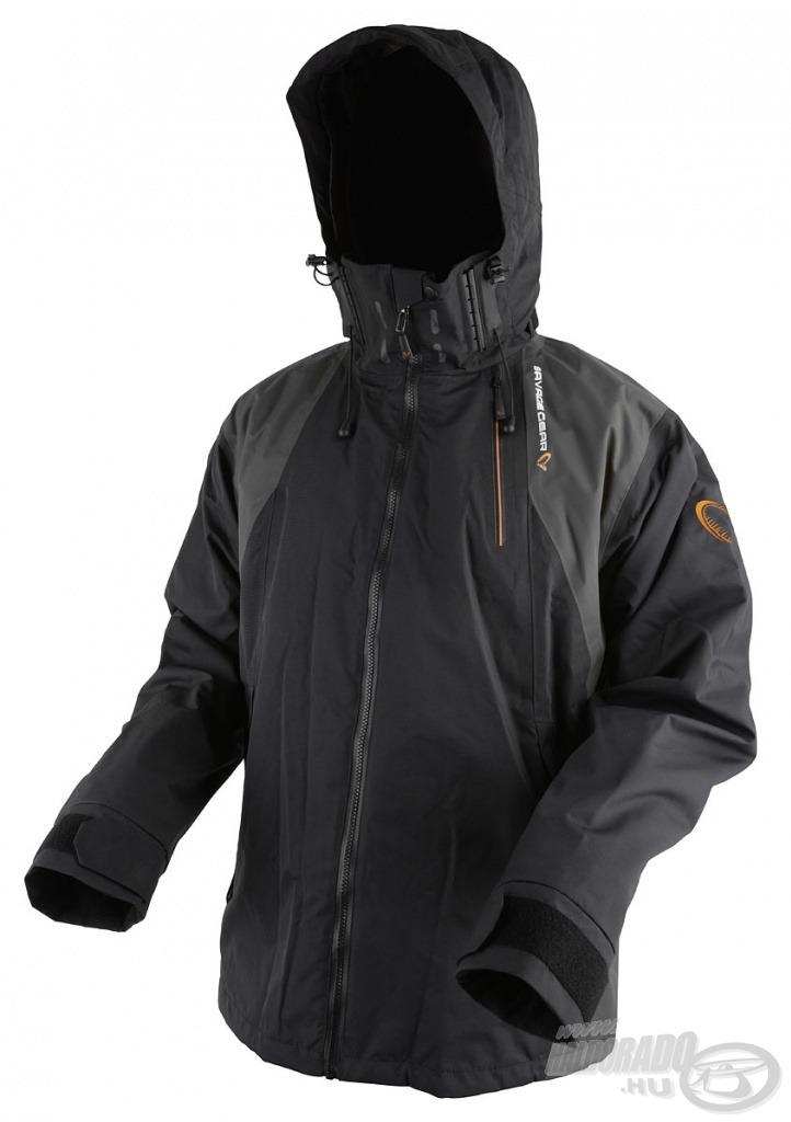 A Savage Gear Black Savage Jacket egy tartós, modern megjelenésű, 2 rétegű horgász kabát, ami maximális védelmet biztosít viselőjének! Kifejezetten ajánlott pergető horgászathoz, de bármilyen más módszerhez és szabadtéri programhoz, túrázáshoz is tökéletesen használható!