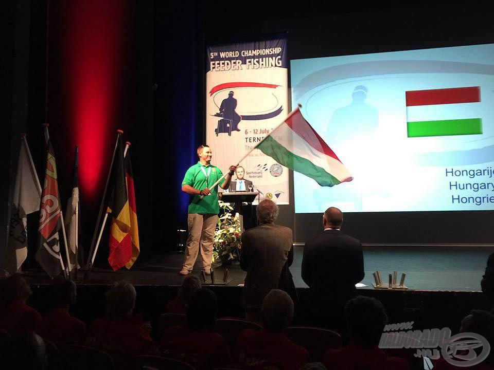 … ahol Kocsis Laci mint VB újonc tűzte helyére a magyar zászlót a 26 nemzet között