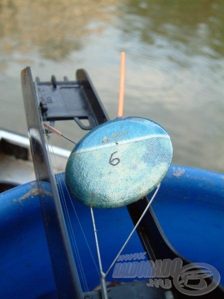 A 6 g-os nyalókaúszó a szerelék tökéletes megállítását tette lehetővé a kiszemelt horgászhelyen