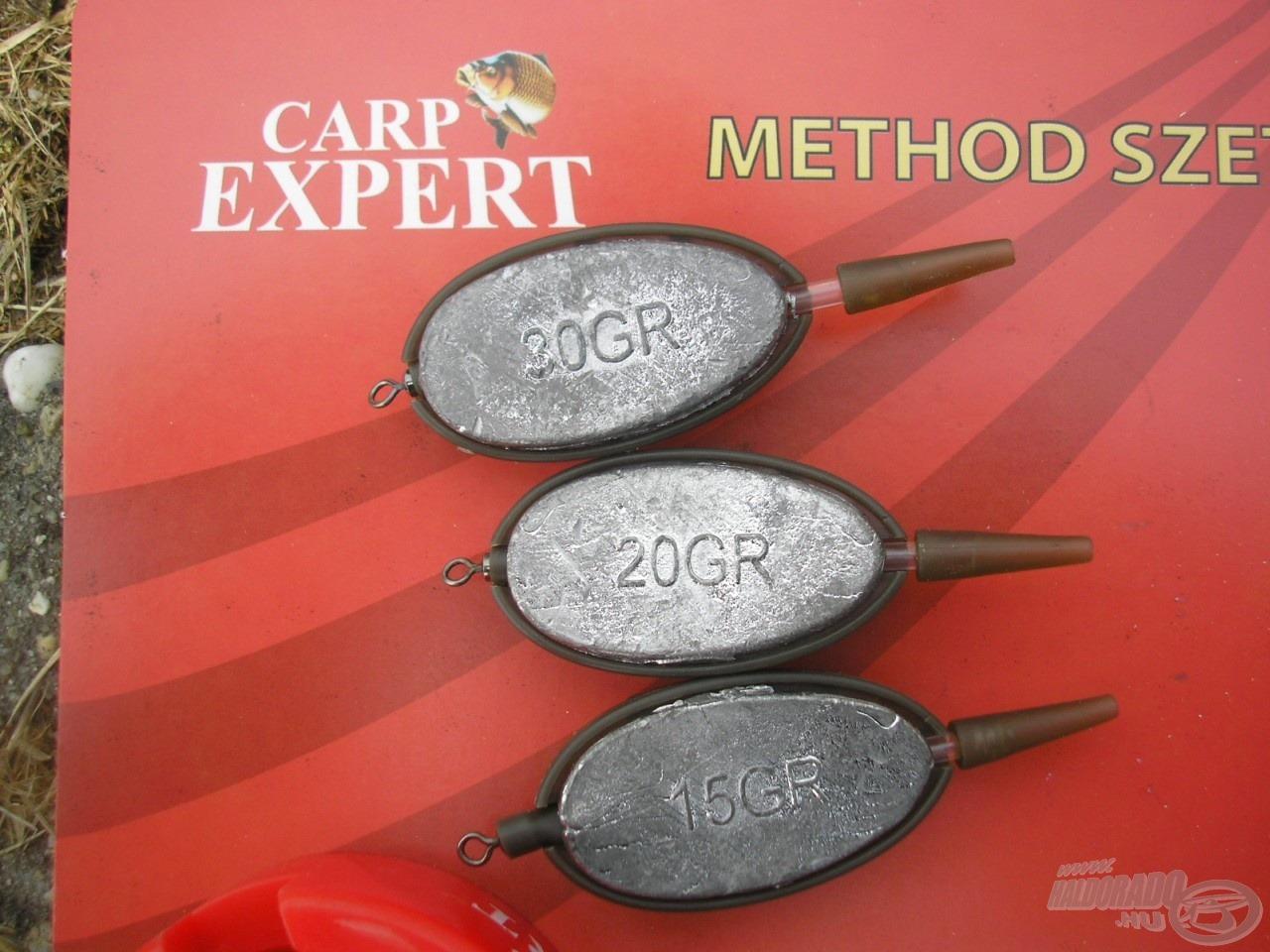 A változó távolság, vízmélység és áramlás miatt a szett három változatot tartalmaz, az ólomsúlyok 15, 20 és 30 grammosak