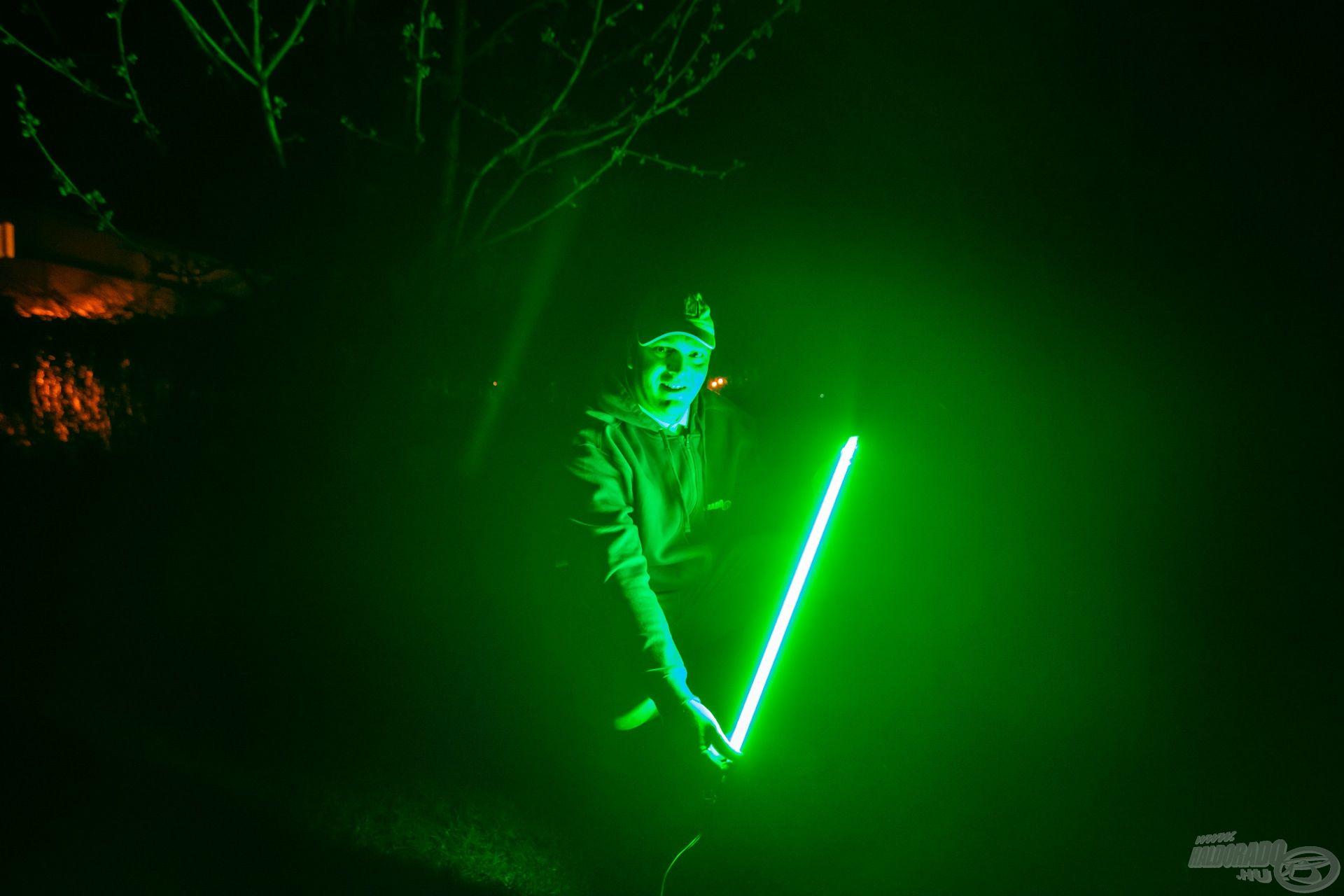 Kész a dupla soros, zöld, harcsás LED