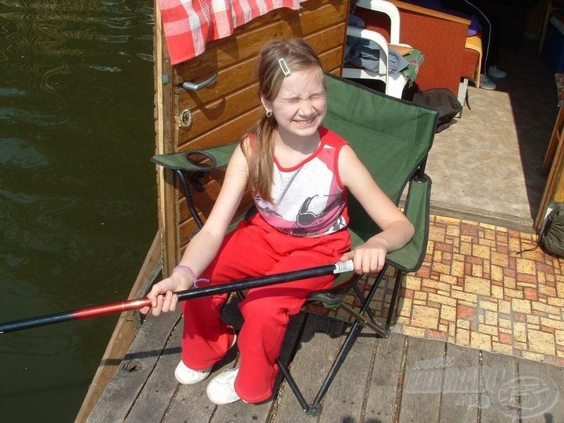 Nagylányom is várja a halakat