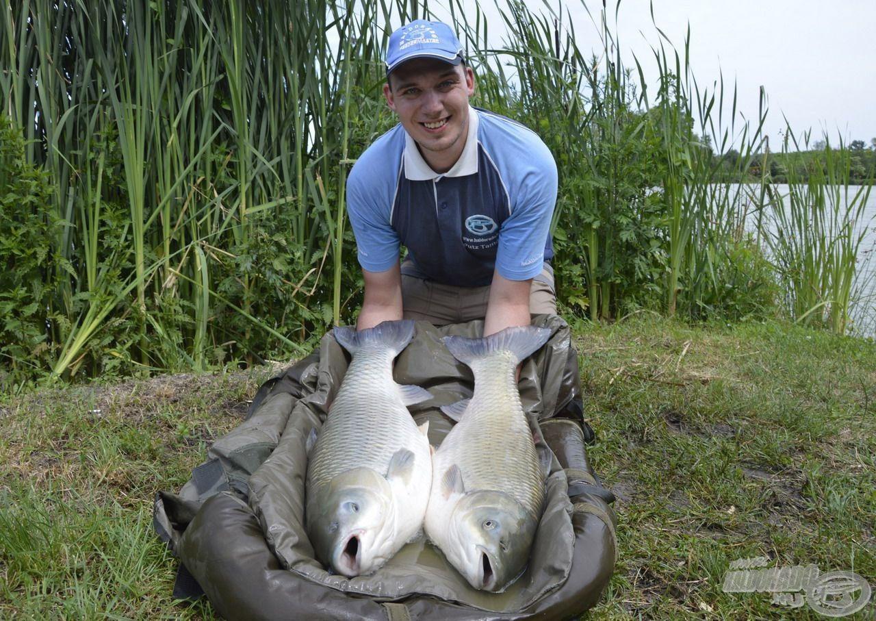 Putz Tamásnak új rekord amurjait sikerült megfogni a FermentX Nagyhal Csalikkal