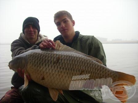 Imre és szépséges, 16,1 kg-os tövese