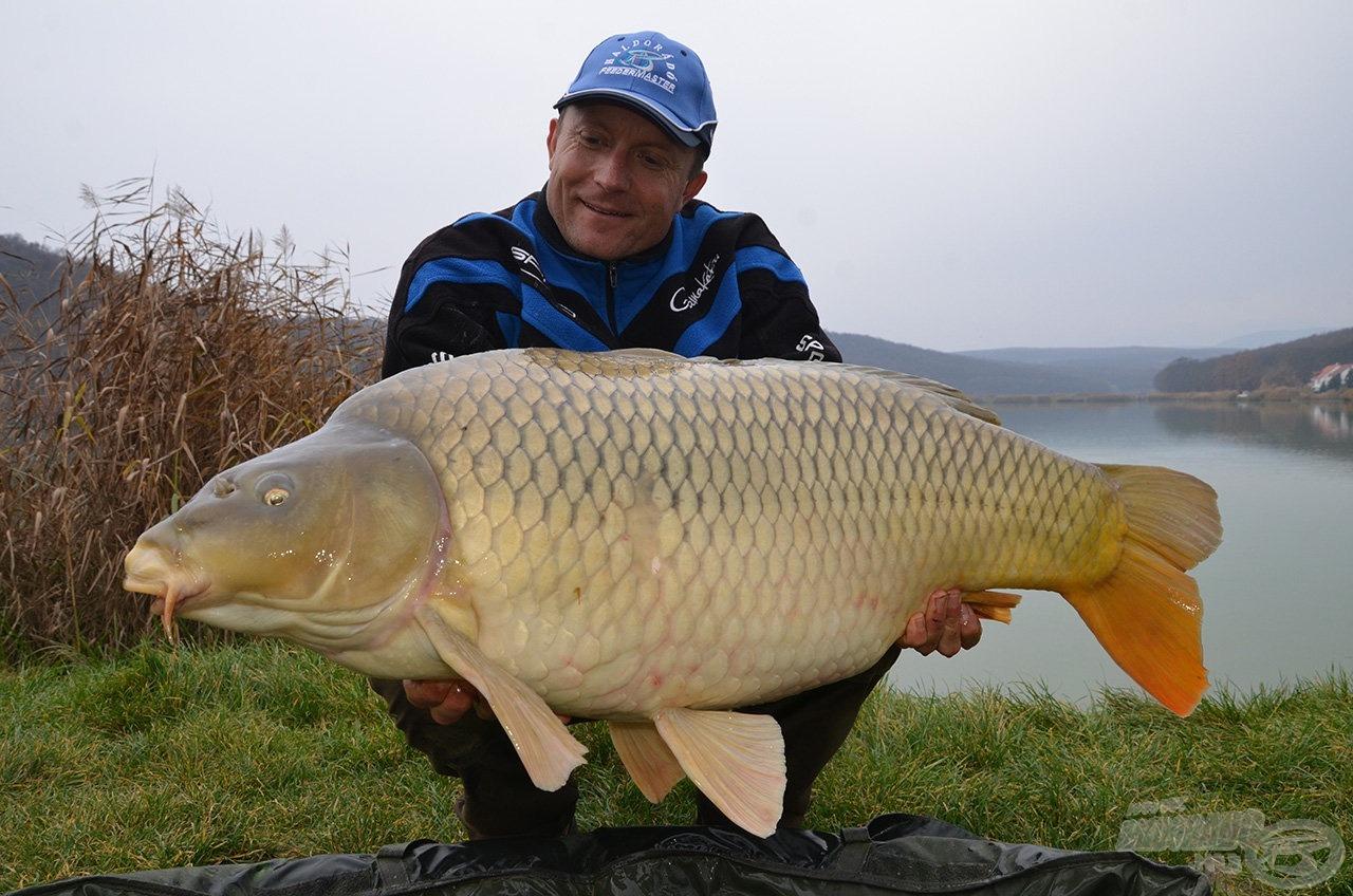 17,9 kg
