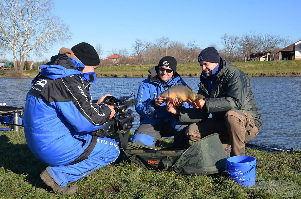 A horgászat legizgalmasabb pillanatait megörökítettük, hogy minél több hasznos információt adhassunk és mutathassunk be látványos módon