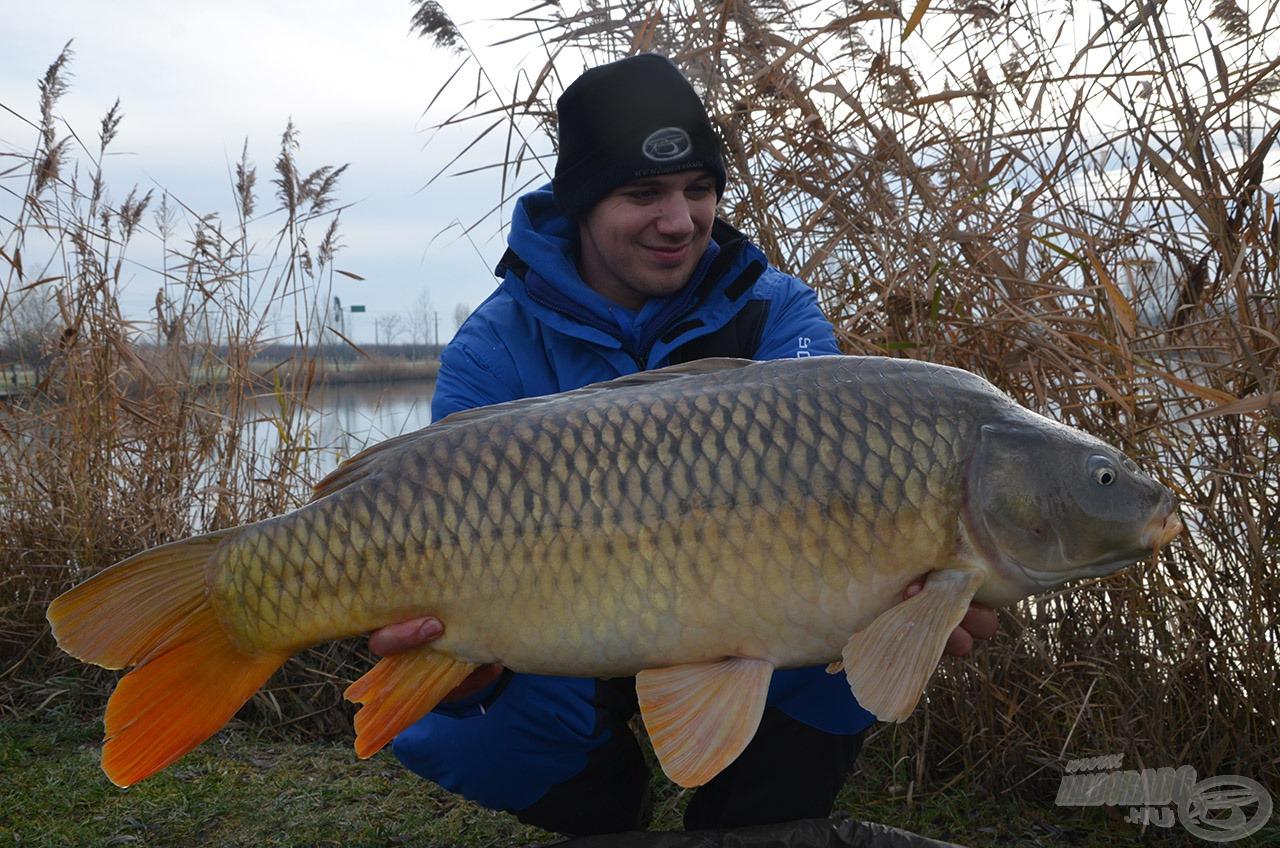 Jogos a mosoly, nagyon szép halat fogott Tomi