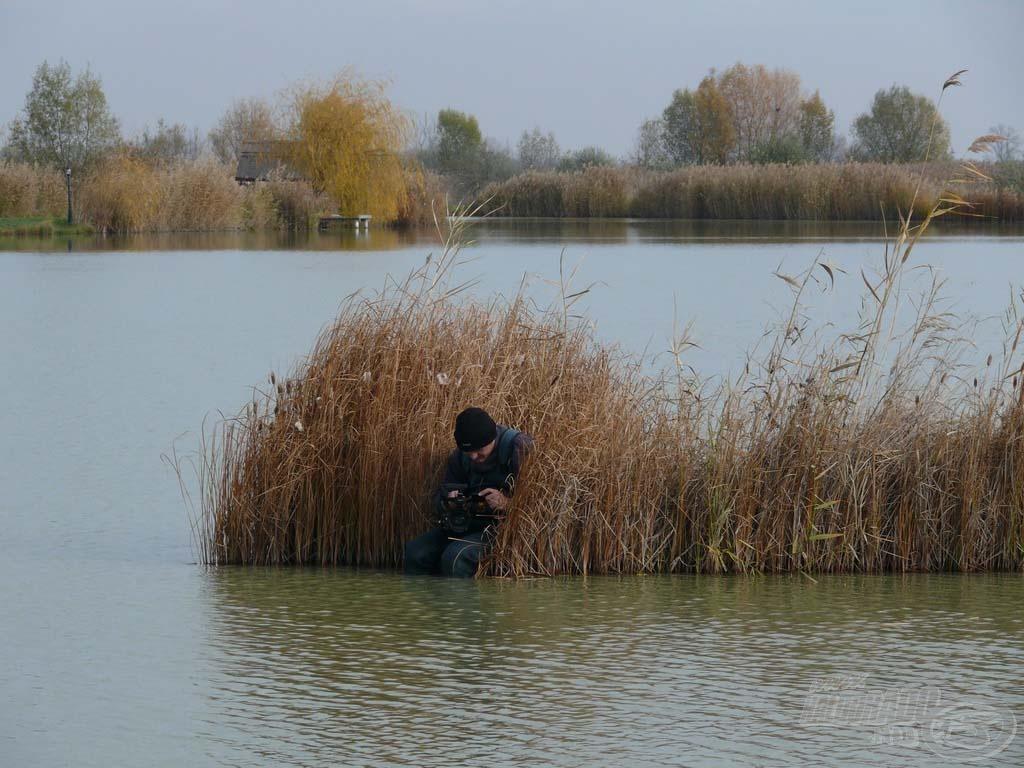 Délután beborult és Peti is kezdett fázni… Nem is értem, miért?!