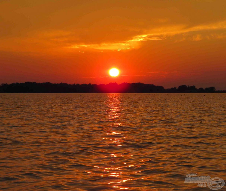 Festeni sem lehetne szebb naplementét