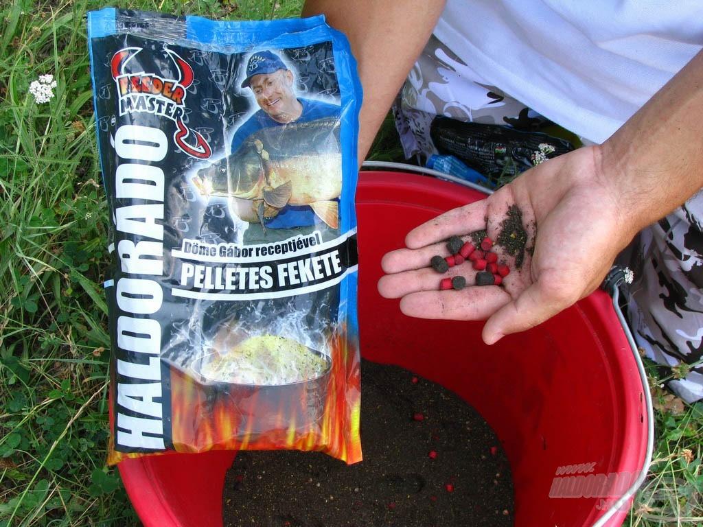 Az egyébként finomszemcsés etetőanyagba nem kevés piros pontypellet és master carp pellet található, ezek segítségével könnyen szelektálhatjuk a halak nagyját