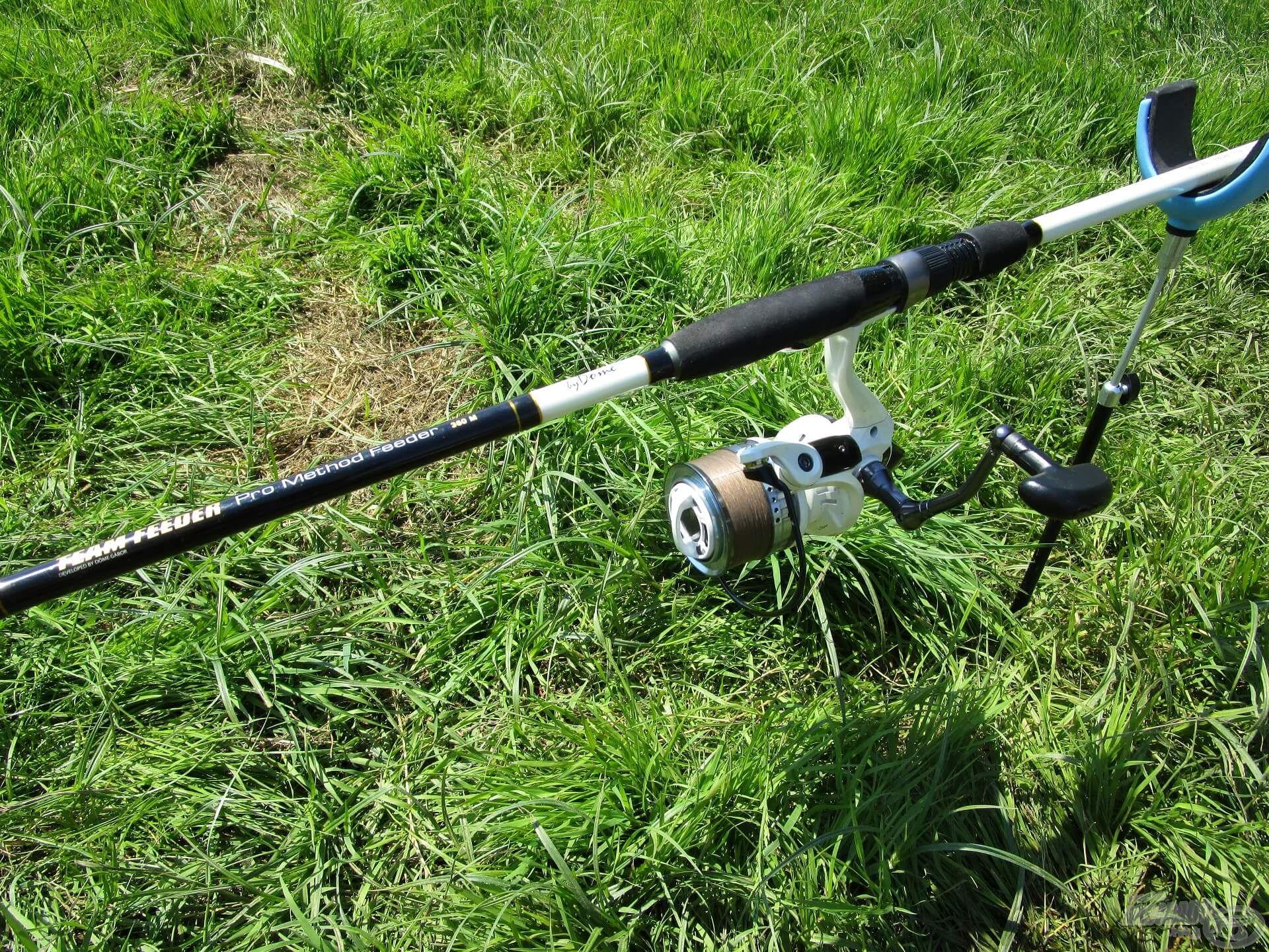 Felszerelésem ezúttal is remekül teljesített, szépen görbült a bot a termetes keszegek fárasztása közben. Igaz, hogy a Pro Method botot elsősorban a method kosaras horgászatokhoz tervezték, de tökéletesen használható a hosszú előkés szerelékekkel is