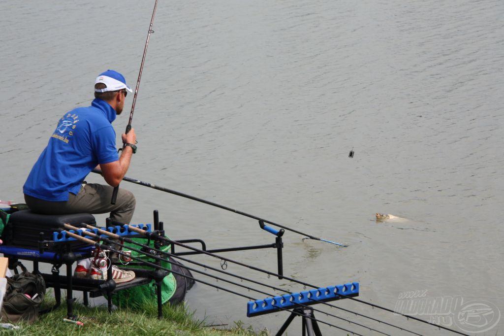 Wellner Gábor horgászik ma a Haldorádó csapatában