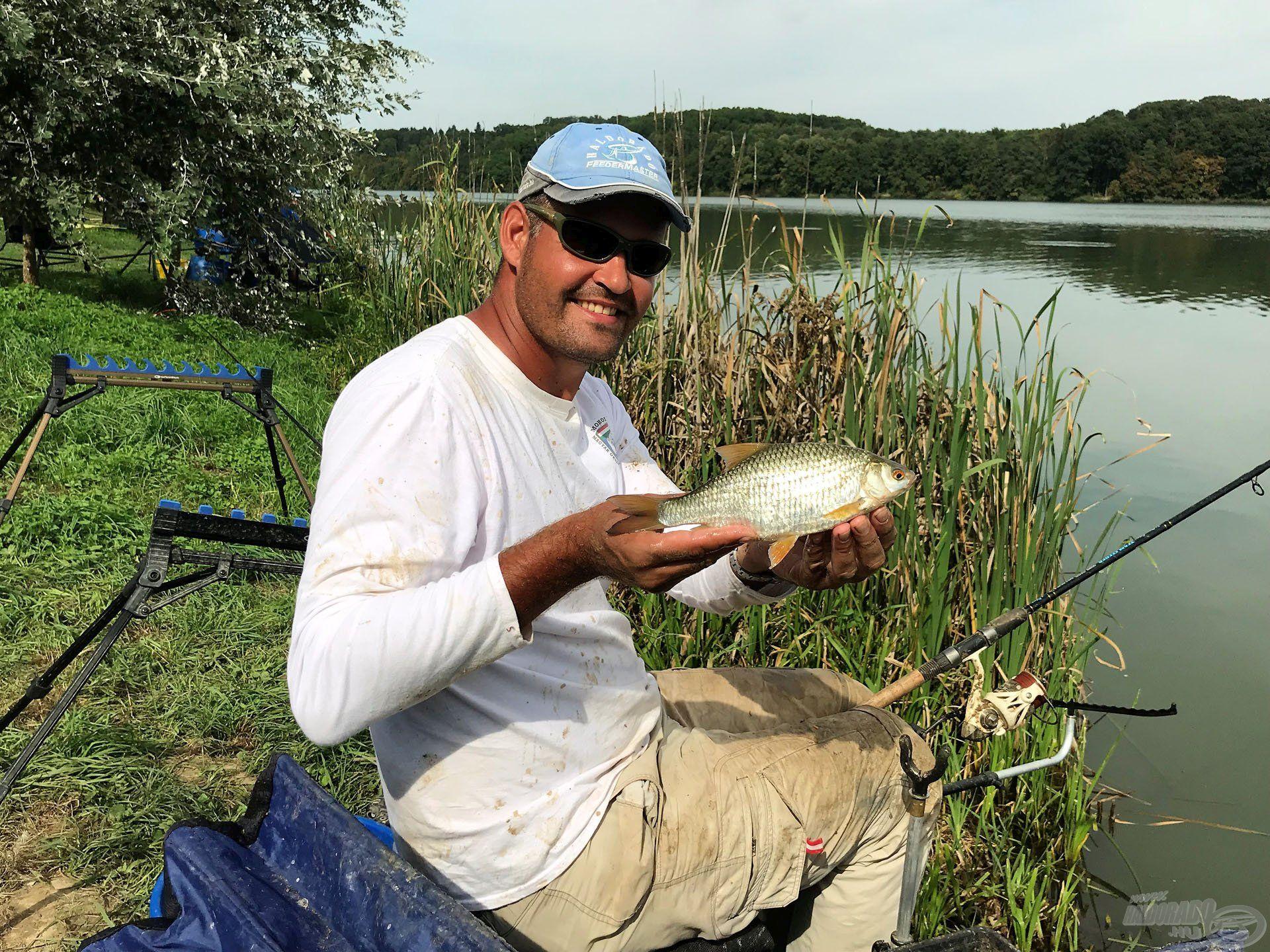 A tó változatos halfaunája igazán szórakoztatóvá tette a horgászatot
