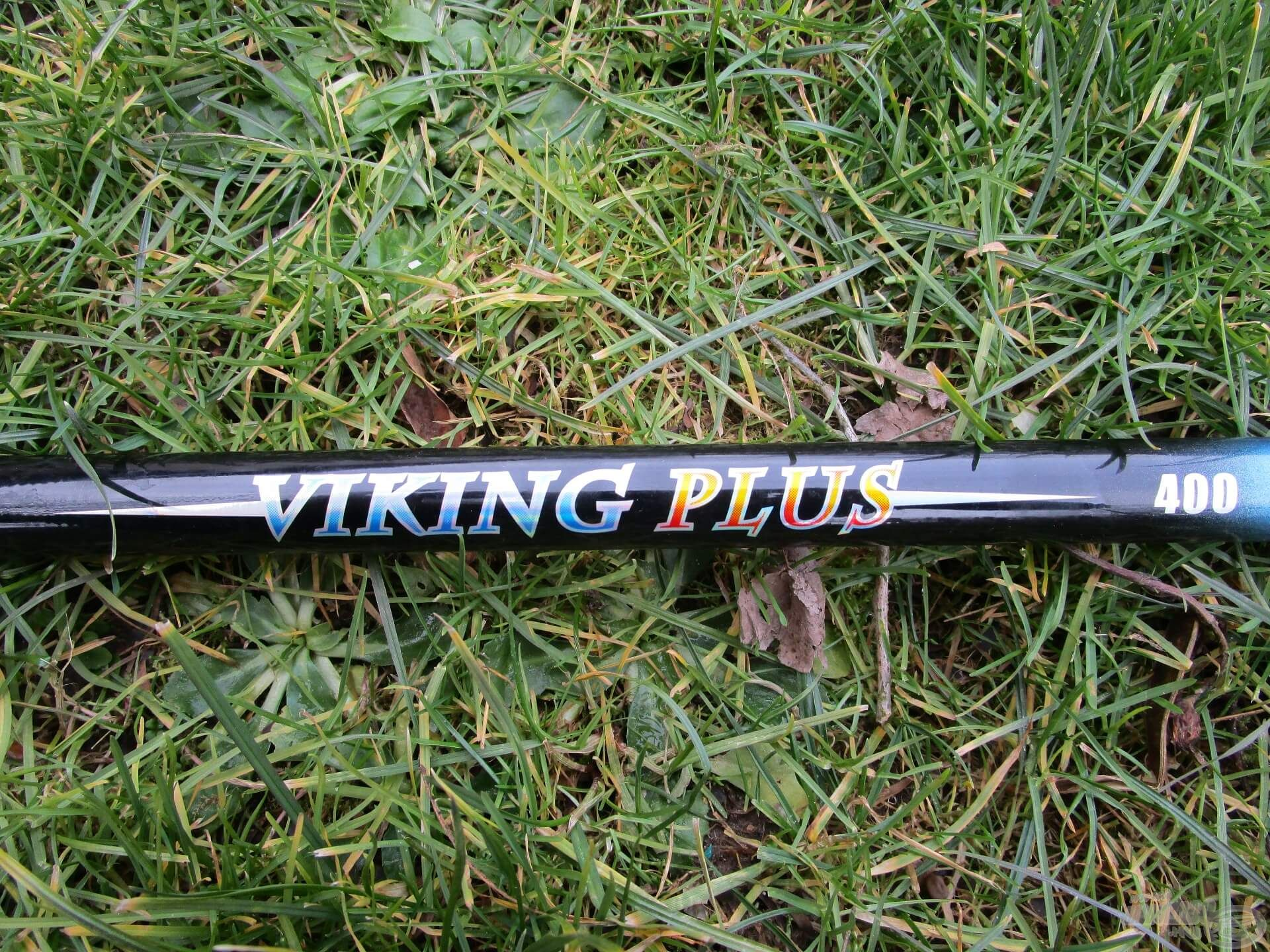 A rövidebb spiccbotom egy Energo Team Viking Plus