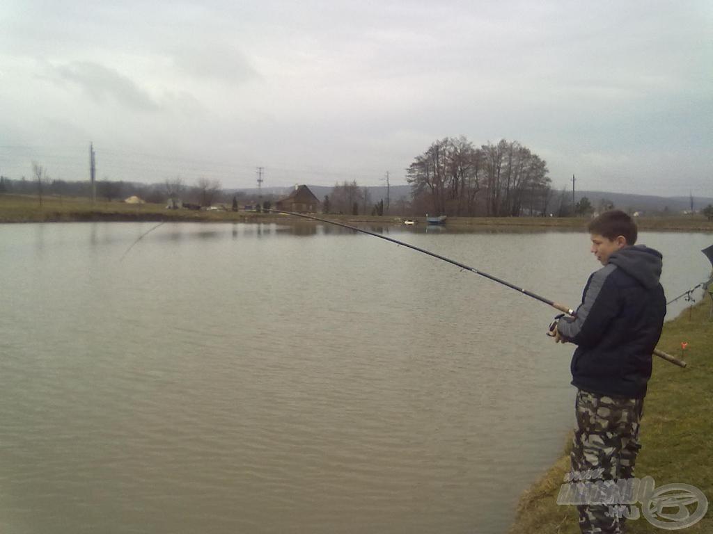 A part közelében jobban küzdöttek a halak