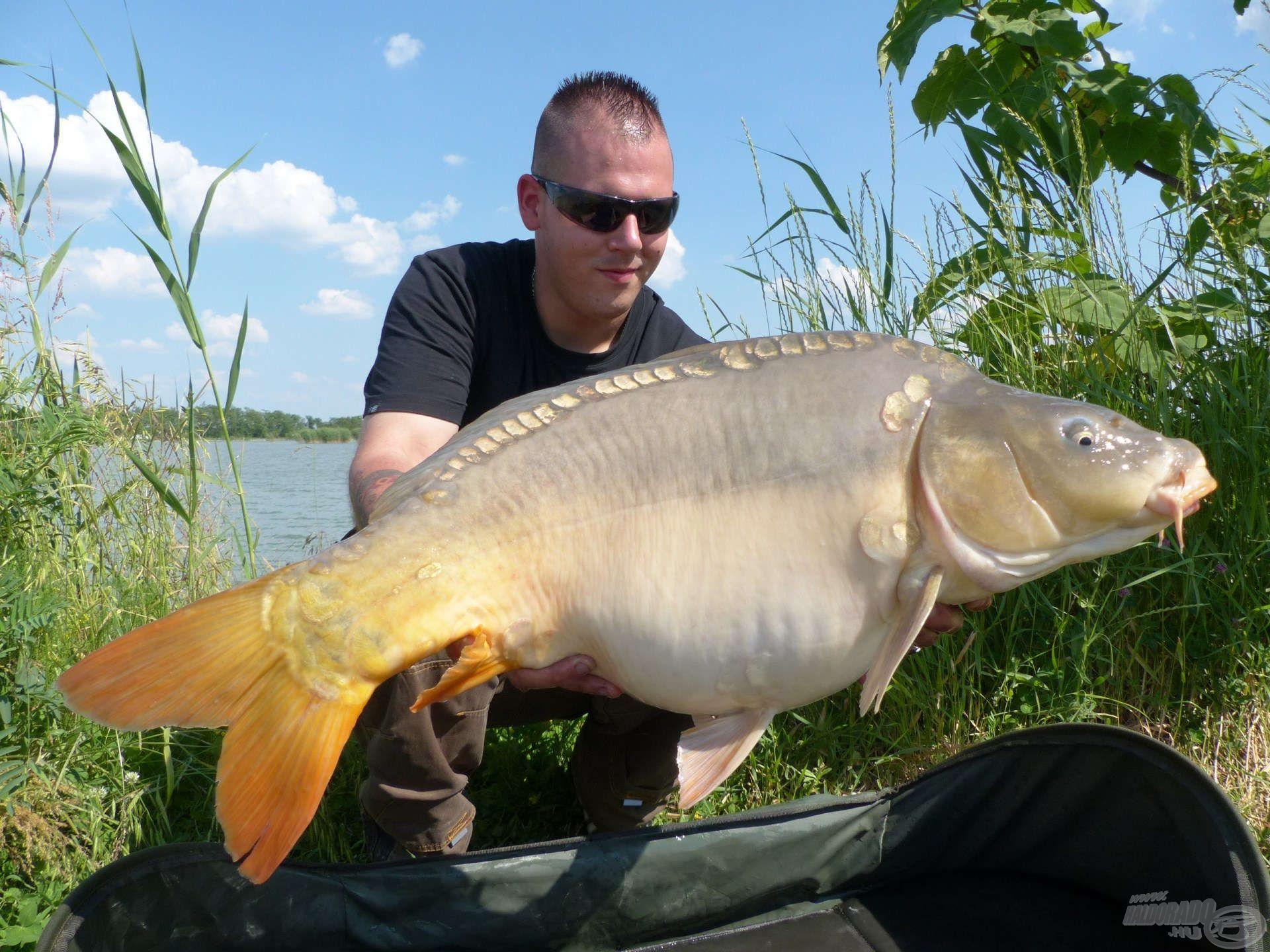 A délutáni órákban a horgászat legnagyobb halát is sikerült megfognom…