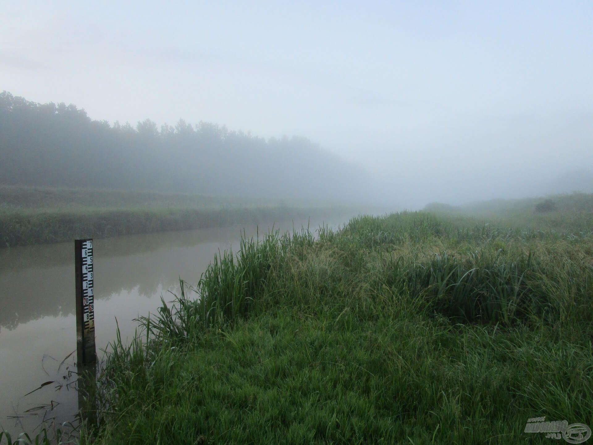 Egy hét múlva ismét hajnalban keltett az ébresztő. Jöhet a visszavágó, horgászatra fel!