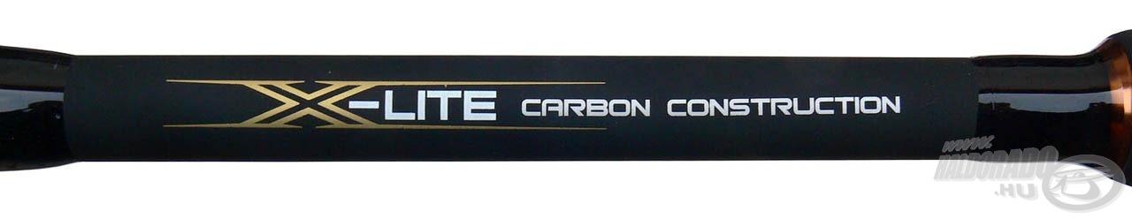 A bot anyaga X-Lite karbon, mely feszessé és gerincessé teszi azt