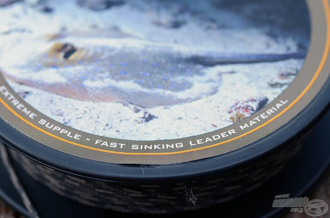 Gyorsan süllyedő leader zsinór, mely könnyedén fűzhető, mivel nincs benne ólomszál