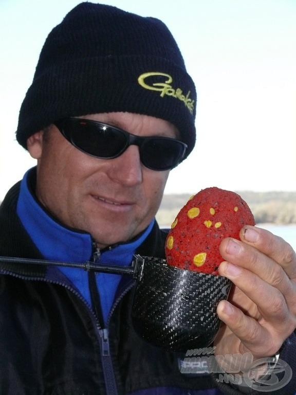 A Haldorádó Ponty Piros etetőanyagot imádják a dunai pontyok is