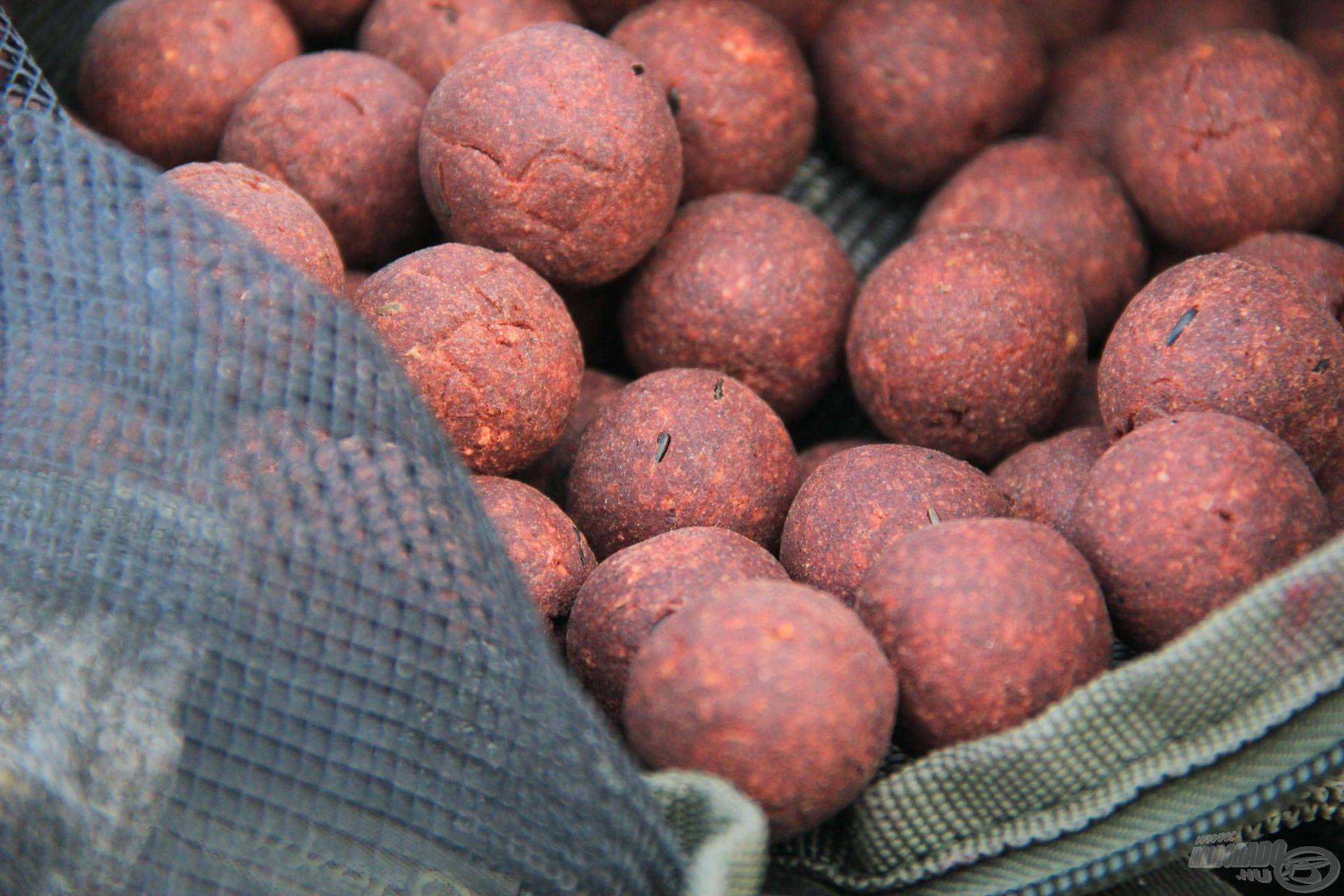 Fűszeres bojli kizárólag CCMoore alapanyagokból, a csalikészítő műhelyemből