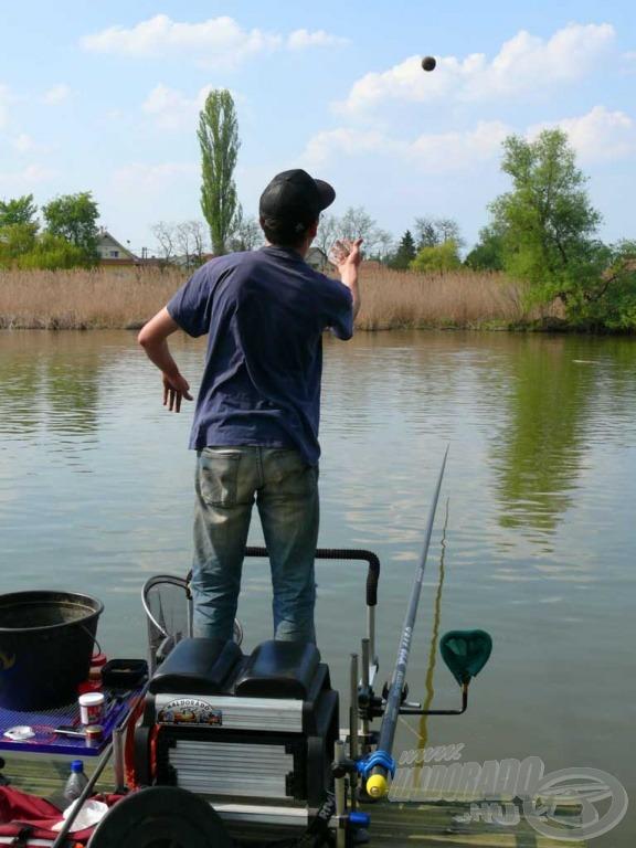 A pontos, folyamatos etetés az itteni horgászat lelke