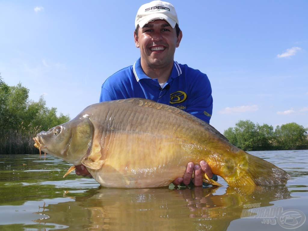 … a nap legnagyobb hala ez a 11,47 kilós tükörponty
