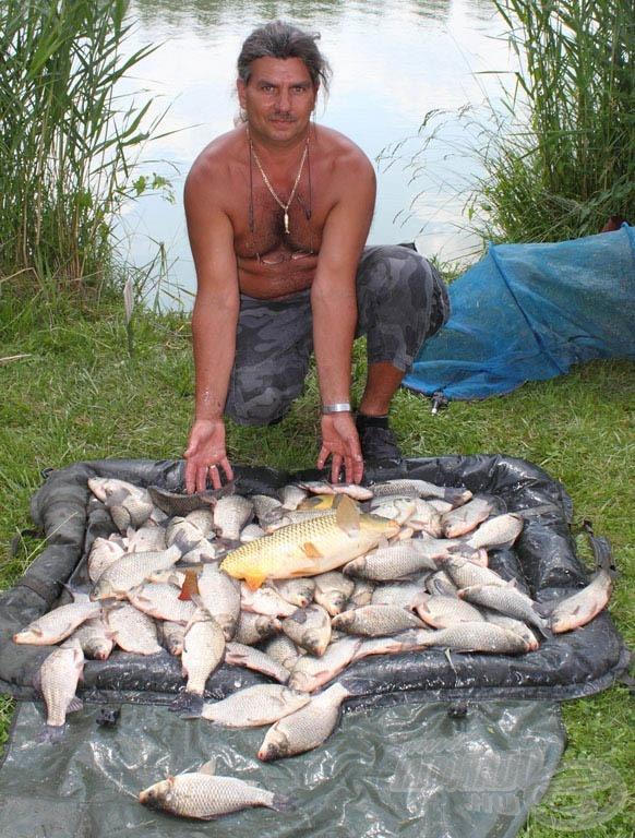 A rakós módszer is kifizetődő volt! Szili István csaknem 26 kg-os fogásának zöme kárászból állt!