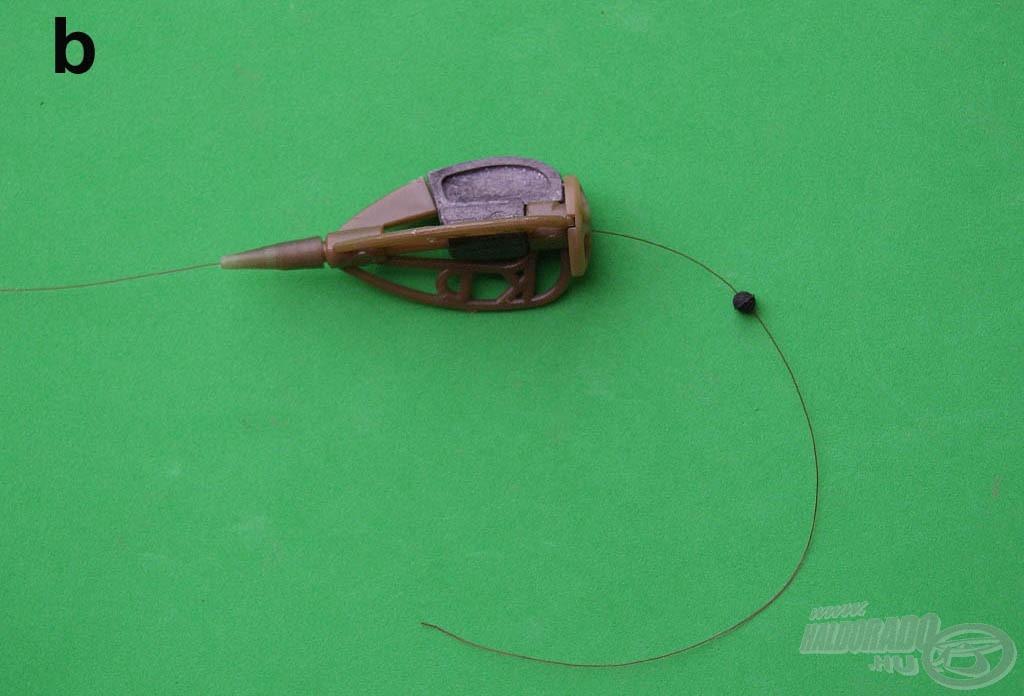 Fűzzünk fel egy gumiütközőt. A golyó védi az alatta lévő kötést és egyfajta lökhárító szerepet tölt be