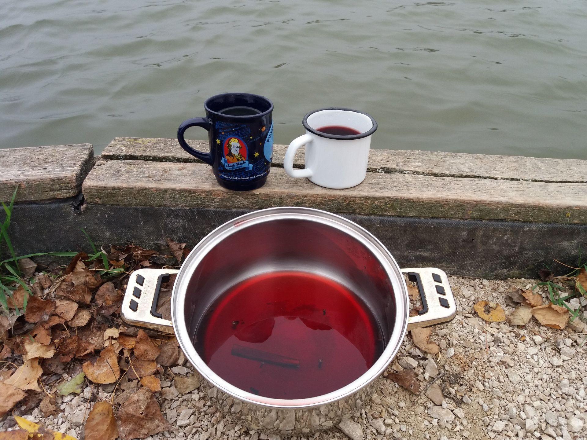 Egy kis forralt bor a kihűlt horgászoknak