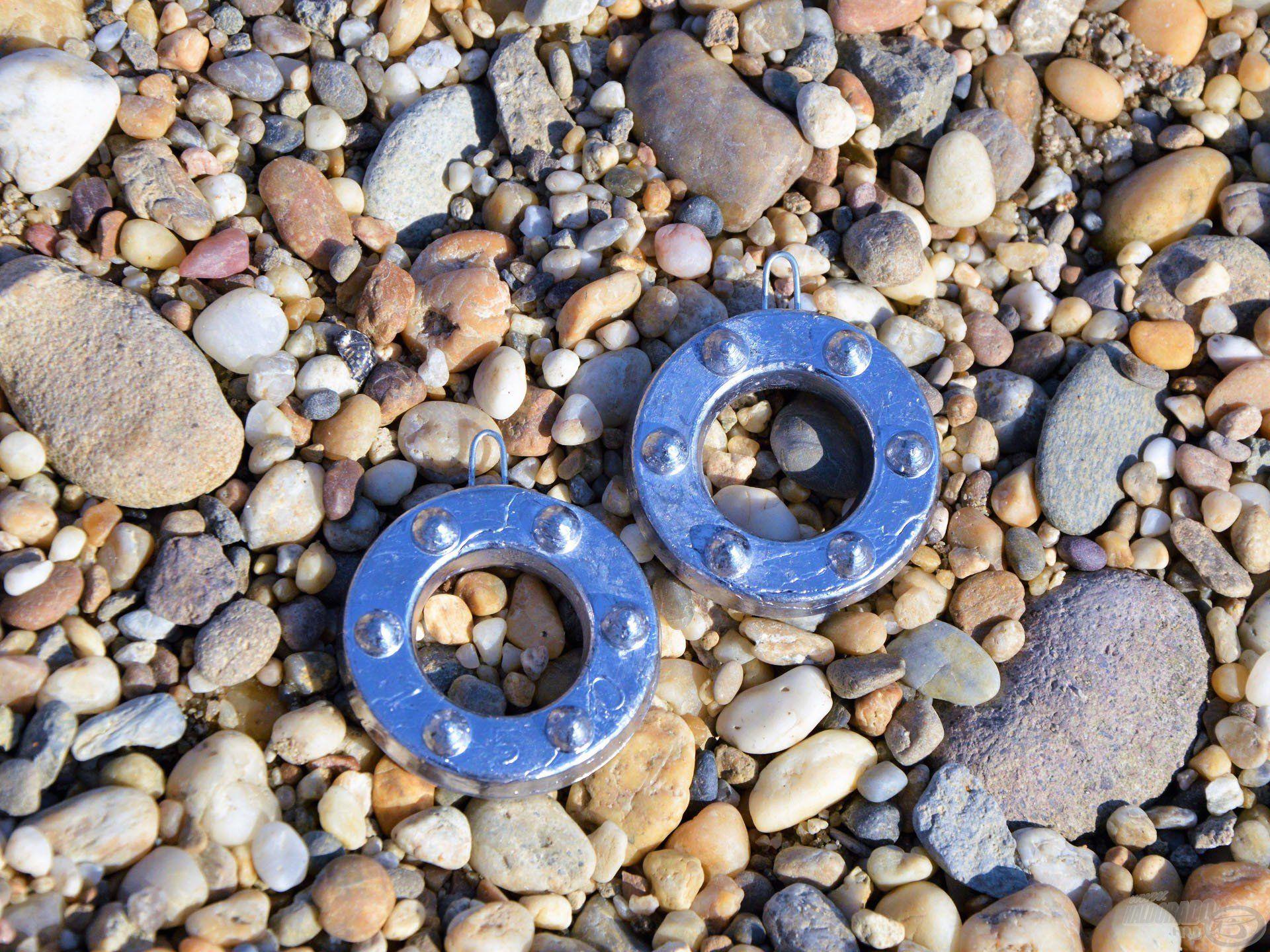 A gyűrű alakú ólom a kavicsos mederben is meg tud kapaszkodni