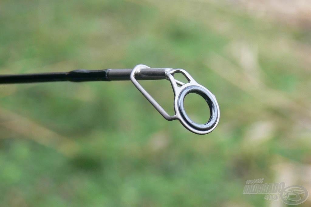 Még a spiccgyűrű is kellően nagy a közepes dobótávolsághoz