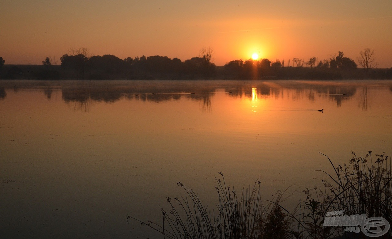 A napfelkelte már a Rietvlei-víztározón talált bennünket