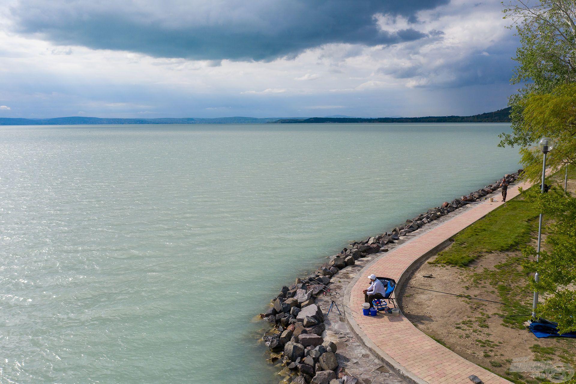 A Gumirádli szabadstrandon horgásztam, amely a környék egyik legnépszerűbb horgászhelye