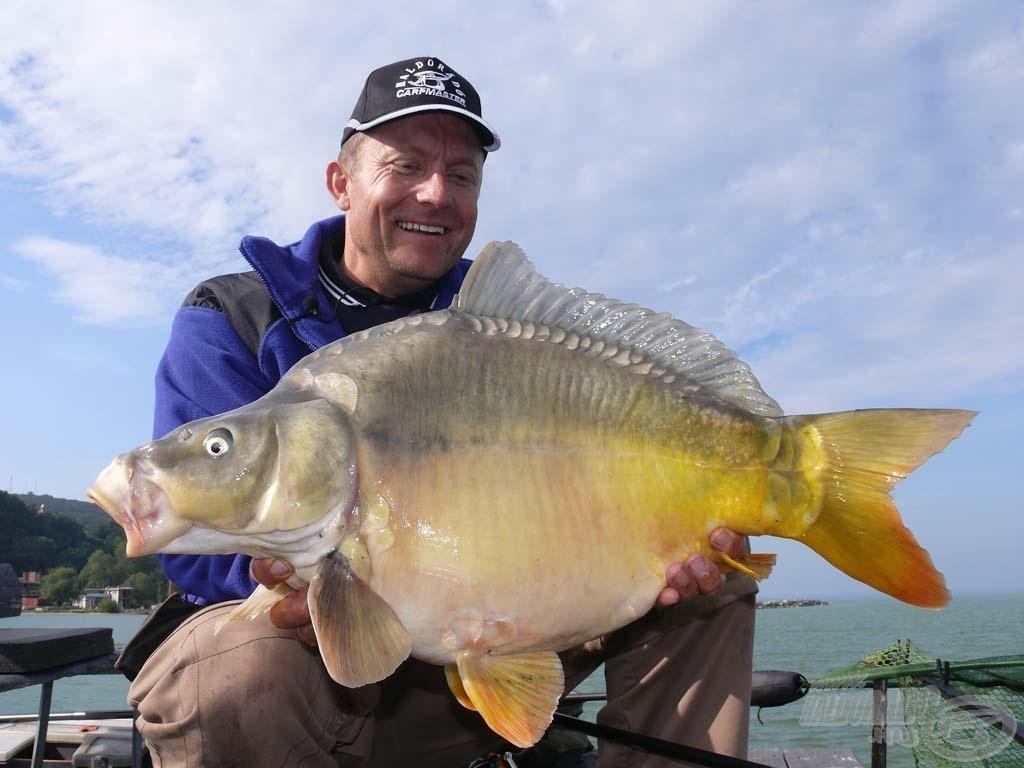 """A nap legnagyobb hala ez a 6,2 kilós """"golyó"""" tükrös volt"""
