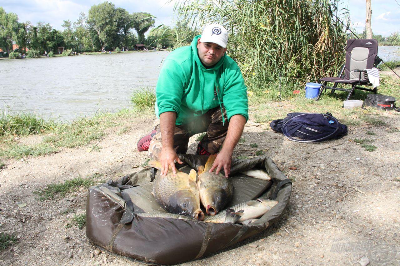 Dányi Attila 25 kg felett mérlegelt