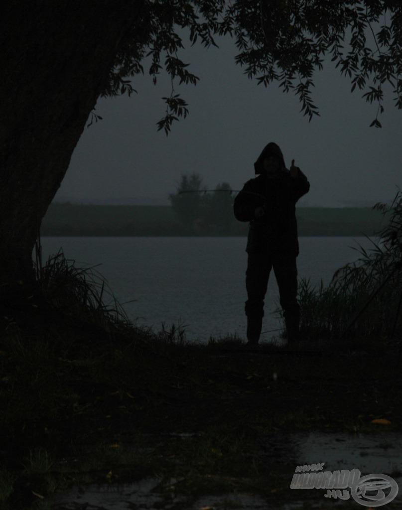 A szakadó eső se lehet mentség, ha eszik a hal…