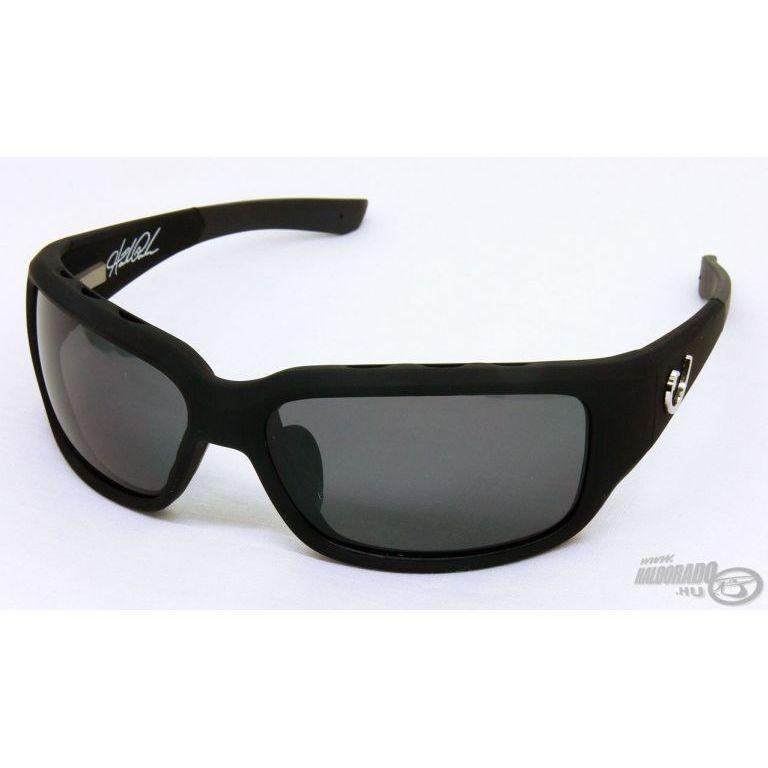 MUSTAD HP102A-2 napszemüveg smoke lencsével