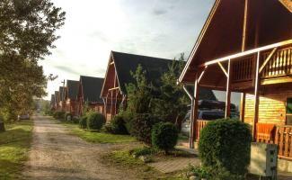 Sárberki  faházak - (lodging)